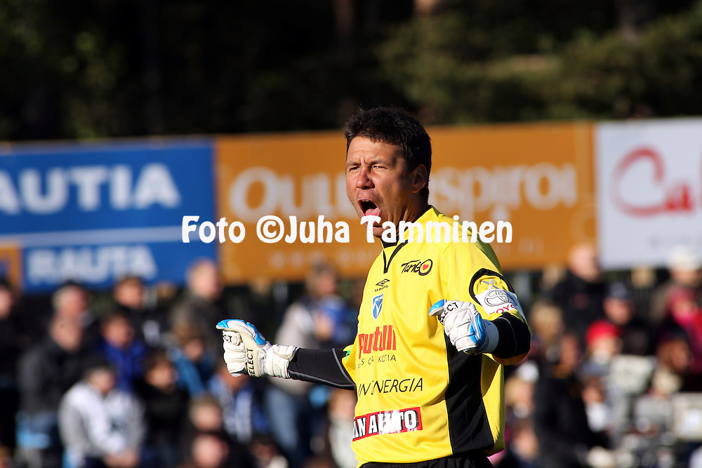 05.06.2010, Castr?n, Oulu..Veikkausliiga 2010, AC Oulu - FC Honka..Dennys Rodrigues - AC Oulu.©Juha Tamminen.