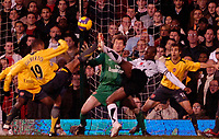 Photo: Ed Godden.<br /> Fulham v Arsenal. The Barclays Premiership. 29/11/2006.<br /> Fulham's Luis Boa Morte tries an overhead kick in the area.
