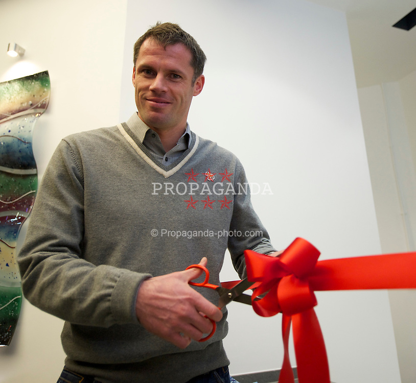 LIVERPOOL, ENGLAND - Wednesday, March 3, 2011: Liverpool's Jamie Carragher opens the Spire Liverpool Hospital Bone and Joint Centre. The defender was treated at the centre after dislocating his should during a match in November. (Photo by David Rawcliffe/Propaganda)