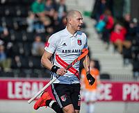 AMSTELVEEN - Justin Reid-Ross (Adam) tijdens de oefenwedstrijd tussen Amsterdam en Bloemendaal heren.    COPYRIGHT  KOEN SUYK