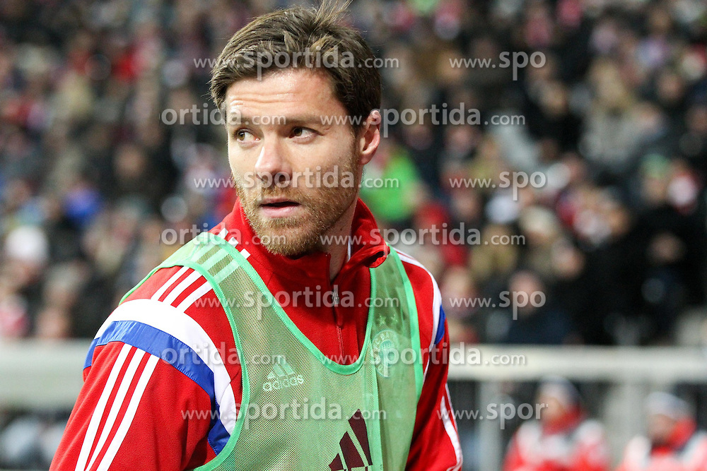 27.02.2015, Allianz Arena, Muenchen, GER, 1. FBL, FC Bayern Muenchen vs 1. FC K&ouml;ln, 23. Runde, im Bild Xabi Alonso #3 (FC Bayern Muenchen) waermt sich auf // during the German Bundesliga 23rd round match between FC Bayern Munich and 1. FC K&ouml;ln at the Allianz Arena in Muenchen, Germany on 2015/02/27. EXPA Pictures &copy; 2015, PhotoCredit: EXPA/ Eibner-Pressefoto/ EXPA/ Kolbert<br /> <br /> *****ATTENTION - OUT of GER*****