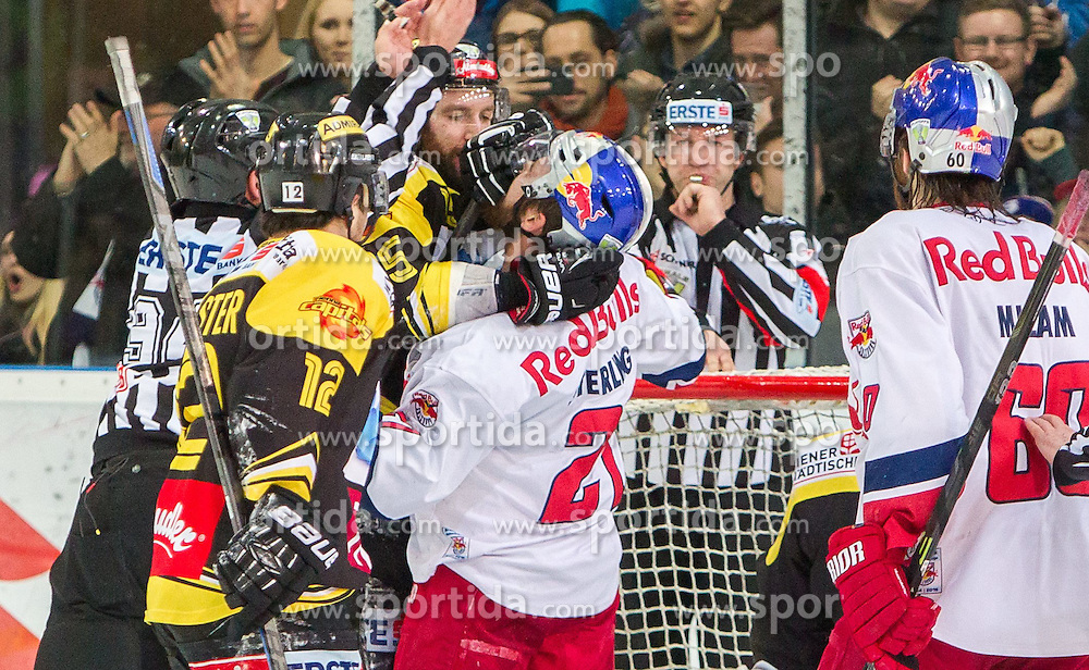 07.04.2015, Eisarena, Salzburg, AUT, EBEL, EC Red Bull Salzburg vs UPC Vienna Capitals, Finale, 1. Spiel, im Bild Schlägerei zwischen Danny Bois (UPC Vienna Capitals) ud Brett Sterling (EC Red Bull Salzburg) // during the Erste Bank Icehockey League 1st final match between EC Red Bull Salzburg and UPC Vienna Capitals at the Eisarena in Salzburg, Austria on 2015/04/07. EXPA Pictures © 2015, PhotoCredit: EXPA/ JFK