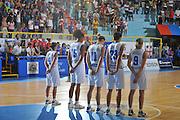DESCRIZIONE : Cagliari Qualificazioni Campionati Europei Italia Croazia <br /> GIOCATORE : Team Italia<br /> SQUADRA : Nazionale Italia Donne <br /> EVENTO :  Qualificazioni Campionati Europei Nazionale Italiana Femminile <br /> GARA : Italia Croazia<br /> DATA : 02/08/2010 <br /> CATEGORIA : Minuto silenzio<br /> SPORT : Pallacanestro <br /> AUTORE : Agenzia Ciamillo-Castoria/M.Gregolin<br /> Galleria : Fip Nazionali 2010 <br /> Fotonotizia : Cagliari Qualificazioni Campionati Europei Italia Croazia<br /> Predefinita :