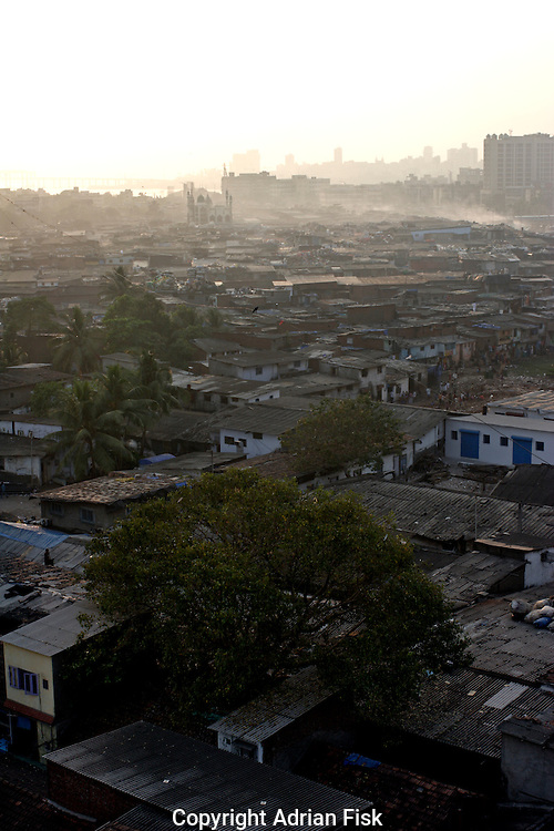 Looking out across Dharavi on 21st Oct 2006.