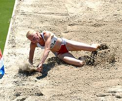 08-07-2006 ATLETIEK: NK BAAN: AMSTERDAM<br /> Naomi Schellekens<br /> ©2006-WWW.FOTOHOOGENDOORN.NL