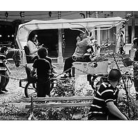 """Autor de la Obra: Aaron Sosa<br /> Título: """"Serie: Antigua Guatemala""""<br /> Lugar: Antigua - Guatemala <br /> Año de Creación: 2013<br /> Técnica: Captura digital en RAW impresa en papel 100% algodón Ilford Galeríe Prestige Silk 310gsm<br /> Medidas de la fotografía: 33,3 x 22,3 cms<br /> Medidas del soporte: 45 x 35 cms<br /> Observaciones: Cada obra esta debidamente firmada e identificada con """"grafito – material libre de acidez"""" en la parte posterior. Tanto en la fotografía como en el soporte. La fotografía se fijó al cartón con esquineros libres de ácido para así evitar usar algún pegamento contaminante.<br /> <br /> Precio: Consultar<br /> Envios a nivel nacional  e internacional."""