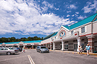 Retail exterior image of Dalewood Shopping Center in White Plains New York by Jeffrey Sauers of Commercial Photographics