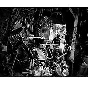 """Autor de la Obra: Aaron Sosa<br /> Título: """"Serie: Apuntes de mi vida: La Pastora""""<br /> Lugar: La Pastora, Caracas - Venezuela<br /> Año de Creación: 2009<br /> Técnica: Captura digital en RAW impresa en papel 100% algodón Ilford Galeríe Prestige Silk 310gsm<br /> Medidas de la fotografía: 33,3 x 22,3 cms<br /> Medidas del soporte: 45 x 35 cms<br /> Observaciones: Cada obra esta debidamente firmada e identificada con """"grafito – material libre de acidez"""" en la parte posterior. Tanto en la fotografía como en el soporte. La fotografía se fijó al cartón con esquineros libres de ácido para así evitar usar algún pegamento contaminante.<br /> <br /> Precio: Consultar<br /> Envios a nivel nacional  e internacional."""