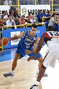DESCRIZIONE : Cagliari Eurobasket Men 2009 Additional Qualifying Round Italia Francia<br /> GIOCATORE : Luigi Datome<br /> SQUADRA : Italy Italia Nazionale Maschile<br /> EVENTO : Eurobasket Men 2009 Additional Qualifying Round <br /> GARA : Italia Francia Italy France<br /> DATA : 05/08/2009 <br /> CATEGORIA : palleggio penetrazione<br /> SPORT : Pallacanestro <br /> AUTORE : Agenzia Ciamillo-Castoria/C.De Massis