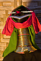 Long necked Padaung tribe woman wearing neck rings, Nyaungshwe, Shan State, Myanmar, Burma