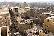 Egypt. Cairo -ruins of an old house behind Al Azhar mosque view from Muhammad ABU DAHAB mosquee  .   in islamic Cairo     NM98 +