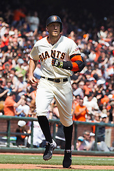 SAN FRANCISCO, CA - APRIL 24: Hunter Pence #8 of the San Francisco Giants rounds the bases after hitting a home run against the Miami Marlins during the fourth inning at AT&T Park on April 24, 2016 in San Francisco, California.  (Photo by Jason O. Watson/Getty Images) *** Local Caption *** Hunter Pence