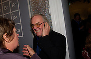 Colin Pillinger, Party to celebrate Damien'Hirst's Pharmacy. Sotheby's. 15 October 2004. ONE TIME USE ONLY - DO NOT ARCHIVE  © Copyright Photograph by Dafydd Jones 66 Stockwell Park Rd. London SW9 0DA Tel 020 7733 0108 www.dafjones.com