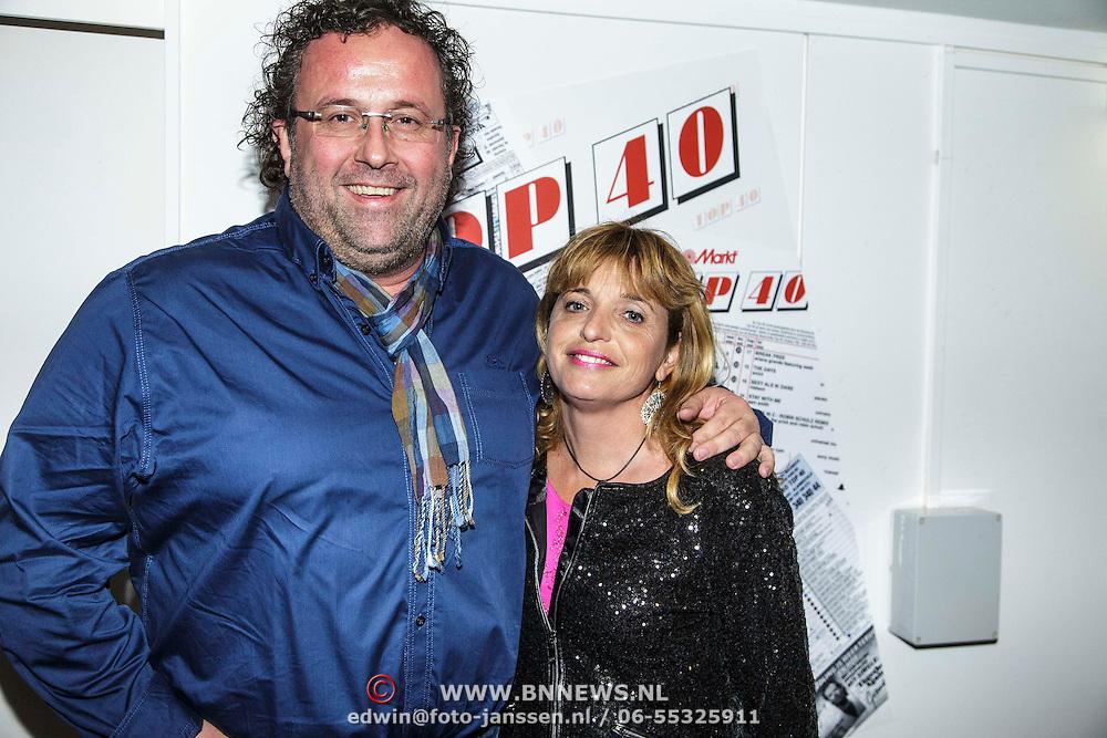 NLD/Hilversum/20150102 - Top40 viert 50 jarig bestaan, Rick van Velthuysen en partner Carin van Leeuwen