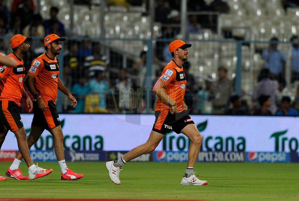 Dale Steyn of Sunrisers Hyderabad during a practice session before the start of match 38 of the Pepsi IPL 2015 (Indian Premier League) between The Kolkata Knight Riders and The Sunrisers Hyderabad held at Eden Gardens Stadium in Kolkata, India on the 4th May 2015.<br /> <br /> Photo by:  Pal Pillai / SPORTZPICS / IPL