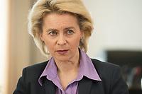 21 MAR 2014, BERLIN/DEUTSCHLAND:<br /> Ursula von der Leyen, CDU, Bundesministerin der Verteidigung, waehrend einem Interview, in ihrem Buero, Bundesministerium der Verteidigung<br /> IMAGE: 20140321-01-002<br /> KEYWORDS: Büro