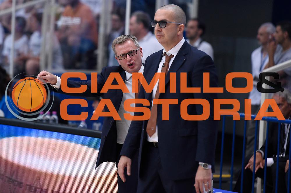 Gianluca Tucci, Walter De Raffaele<br /> Dolomiti Energia Aquila Basket Trento - Umana Reyer Venezia<br /> Lega Basket Serie A 2016/2017<br /> Playoff, finale gara 3<br /> Trento, 14/06/2017<br /> Foto M.Ceretti / Ciamillo-Castoria