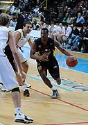 DESCRIZIONE : Verona Campionato Lega Basket A2 2011-12 Tezenis Verona Sigma Barcellona<br /> GIOCATORE : Michael Green <br /> SQUADRA : Sigma Barcellona<br /> EVENTO : Campionato Lega Basket A2 2011-2012<br /> GARA : Tezenis Verona Sigma Barcellona<br /> DATA : 13/11/2011<br /> CATEGORIA : Palleggio Penetrazione<br /> SPORT : Pallacanestro <br /> AUTORE : Agenzia Ciamillo-Castoria/L.Lussoso<br /> Galleria : Lega Basket A2 2011-2012 <br /> Fotonotizia : Verona Campionato Lega Basket A2 2011-12 Tezenis Verona Sigma Barcellona<br /> Predefinita :