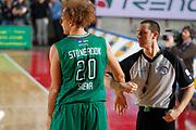 DESCRIZIONE : Varese Campionato Lega A 2011-12 Cimberio Varese Montepaschi Siena<br /> GIOCATORE : Shaun Stonerook Arbitro Massimiliano Barni<br /> CATEGORIA : Curiosita Ritratto<br /> SQUADRA : Montepaschi Siena<br /> EVENTO : Campionato Lega A 2011-2012<br /> GARA : Cimberio Varese Montepaschi Siena<br /> DATA : 07/03/2012<br /> SPORT : Pallacanestro<br /> AUTORE : Agenzia Ciamillo-Castoria/G.Cottini<br /> Galleria : Lega Basket A 2011-2012<br /> Fotonotizia : Varese Campionato Lega A 2011-12 Cimberio Varese Montepaschi Siena<br /> Predefinita :