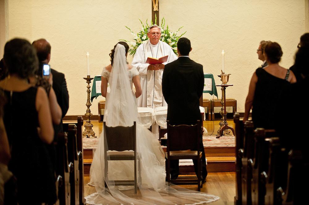 10/9/11 5:09:21 PM -- Zarines Negron and Abelardo Mendez III wedding Sunday, October 9, 2011. Photo©Mark Sobhani Photography