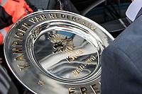 ROTTERDAM - Feyenoord - Heracles , Voetbal , Seizoen 2016/2017 , Eredivisie , Stadion Feyenoord - De Kuip , 14-05-2017 , Kampioenswedstrijd , jean paul decossaux komt aan met de kampioensschaal bij De Kuip