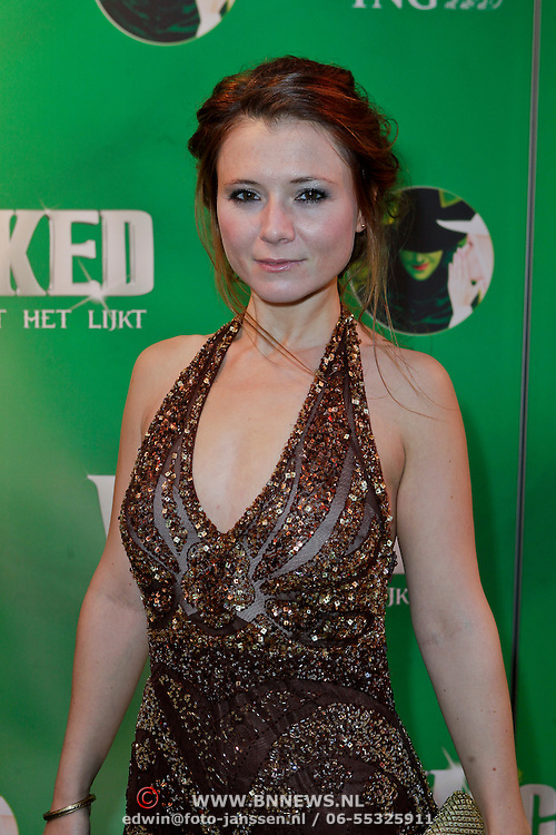 NLD/Scheveningen/20111106 - Premiere musical Wicked, Celine Purcell