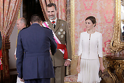 06.06.2015, Palacio Real, Madrid, ESP, Armed Forces Day Ceremony 2015, im Bild King Felipe VI of Spain and Queen Letizia of Spain // during the Armed Forces Day Ceremony 2015 at the Palacio Real in Madrid, Spain on 2015/06/06. EXPA Pictures © 2015, PhotoCredit: EXPA/ Alterphotos/ Pool<br /> <br /> *****ATTENTION - OUT of ESP, SUI*****