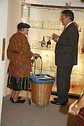 Margaret Ingham and Mark West, The opening  day of the Grosvenor House Art and Antiques Fair.  Grosvenor House. Park Lane. London. 14 June 2006. ONE TIME USE ONLY - DO NOT ARCHIVE  © Copyright Photograph by Dafydd Jones 66 Stockwell Park Rd. London SW9 0DA Tel 020 7733 0108 www.dafjones.com