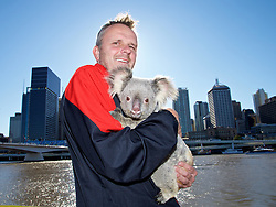 BRISBANE, AUSTRALIA - Friday, July 17, 2015: Liverpool's Dieter Hamann with Amber the koala bear at South Bank in Brisbane on day five of the club's preseason tour. (Pic by David Rawcliffe/Propaganda)
