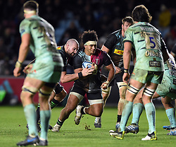 Elia Elia of Harlequins takes on the Gloucester Rugby defence - Mandatory byline: Patrick Khachfe/JMP - 07966 386802 - 01/12/2019 - RUGBY UNION - The Twickenham Stoop - London, England - Harlequins v Gloucester Rugby - Gallagher Premiership