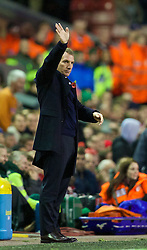09.11.2013, Anfield, Liverpool, ENG, Premier League, FC Liverpool vs FC Fulham, 11. Runde, im Bild Liverpool's manager Brendan Rodgers waves to the Kop as his side beat Fulham 4-0 // during the English Premier League 11th round match between Liverpool FC and Fulham FC at Anfield in Liverpool, Great Britain on 2013/11/09. EXPA Pictures © 2013, PhotoCredit: EXPA/ Propagandaphoto/ David Rawcliffe<br /> <br /> *****ATTENTION - OUT of ENG, GBR*****