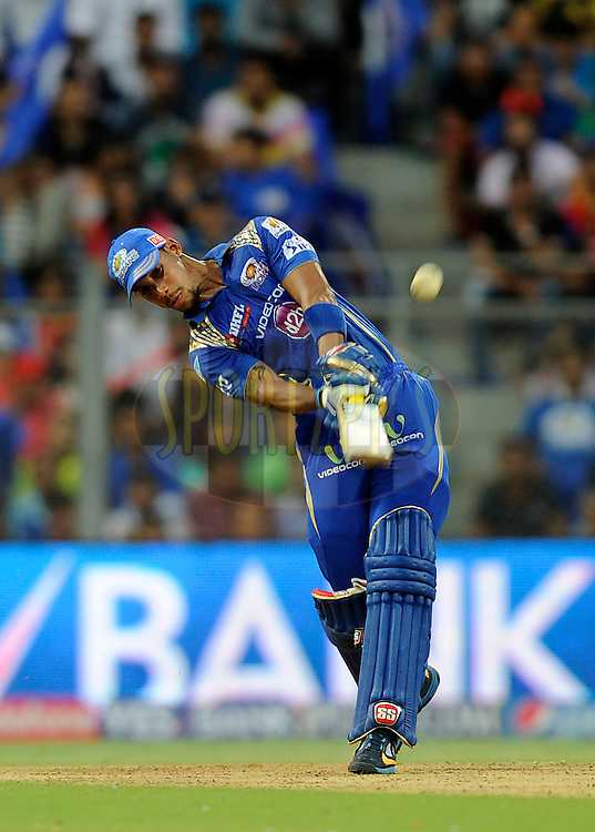 Lendl simmons of Mumbai Indians bats during match 46 of the Pepsi IPL 2015 (Indian Premier League) between The Mumbai Indians and The Royal Challengers Bangalore held at the Wankhede Stadium in Mumbai, India on the 10th May 2015.<br /> <br /> Photo by:  Pal Pillai / SPORTZPICS / IPL