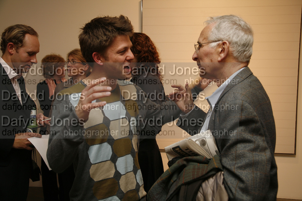 EWAN GIBBS AND HOWARD KARSHAM, Private view- Vija Celmins, Ewan Gibbs and Agnes Martin. timothy Taylor Gallery, Dering St. London. 30 March 2006. ONE TIME USE ONLY - DO NOT ARCHIVE  © Copyright Photograph by Dafydd Jones 66 Stockwell Park Rd. London SW9 0DA Tel 020 7733 0108 www.dafjones.com