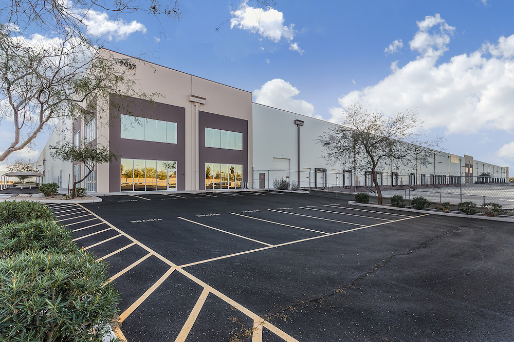 Phoenix, arizona daytime commercial real estate photographer