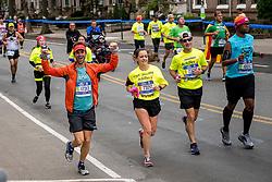 05-11-2017 USA: NYC Marathon We Run 2 Change Diabetes day 3, New York<br /> De dag van de marathon, 42 km en 195 meter door de straten van Staten Island, Brooklyn, Queens, The Bronx en Manhattan / Tito Spain