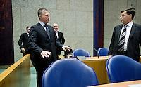 Nederland. Den Haag, 22 oktober 2008.<br /> TWEEDE KAMER-EUROPESE TOP. Bos, Balkenende, Verhaen  en Timmermans in vak K voor aanvang.<br /> Minister van Financien Wouter Bos en minister-president Jan Peter Balkenende tijdens het debat over de Europese top in de Tweede Kamer.. In dit debat zal ook ING ter sprake komen. <br /> <br /> Foto Martijn Beekman<br /> NIET VOOR PUBLIKATIE IN LANDELIJKE DAGBLADEN.