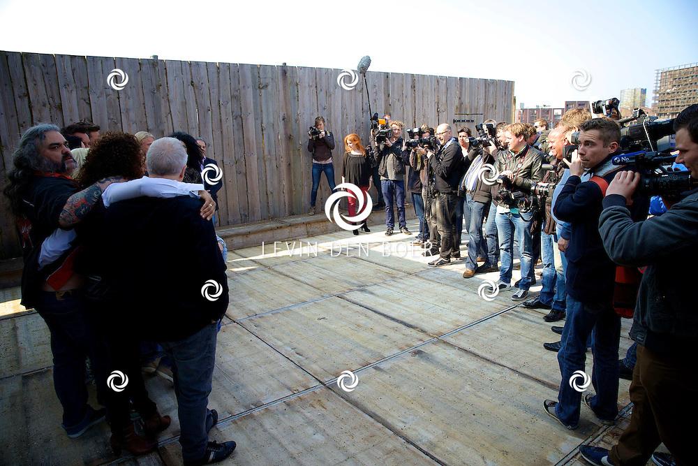 AMSTERDAM - Bij The Harbour Club werden de kandidaten voorgesteld van het SBS6 programma 'Sterren Springen'. Met hier op de foto de aanwezige pers. FOTO LEVIN DEN BOER - PERSFOTO.NU