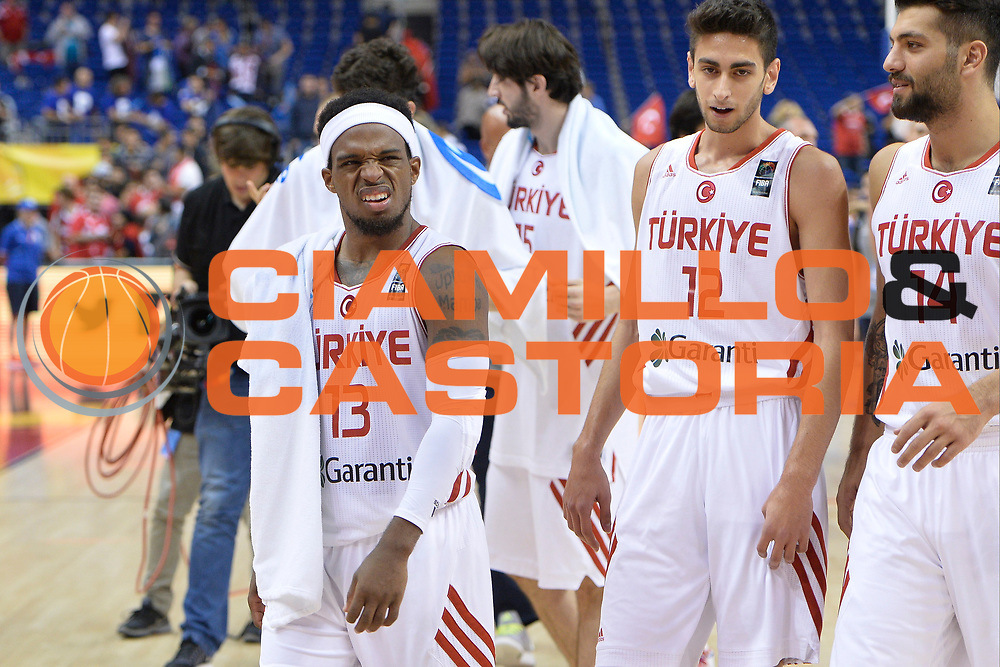 DESCRIZIONE : Berlino Berlin Eurobasket 2015 Group B Turkey Serbia<br /> GIOCATORE :  Bobby Dixon<br /> CATEGORIA : Delusione<br /> SQUADRA : Turkey<br /> EVENTO : Eurobasket 2015 Group B <br /> GARA : Turkey Serbia<br /> DATA : 09/09/2015 <br /> SPORT : Pallacanestro <br /> AUTORE : Agenzia Ciamillo-Castoria/I.Mancini <br /> Galleria : Eurobasket 2015 <br /> Fotonotizia : Berlino Berlin Eurobasket 2015 Group B Turkey Serbia