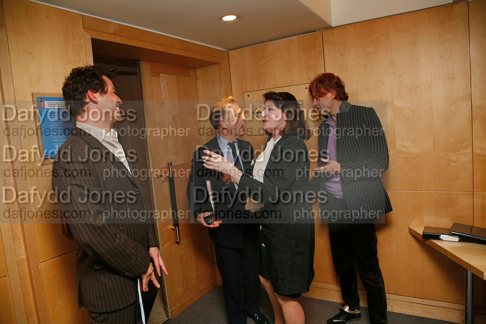 DOMINIC WEST, EDWARD FOX, JOSEPHINE HART AND SIR BOB GELDOF. After-drinks JOSEPHINE HART Poetry Hour. British Library. Euston Rd. London. 22 March 2006. ONE TIME USE ONLY - DO NOT ARCHIVE  © Copyright Photograph by Dafydd Jones 66 Stockwell Park Rd. London SW9 0DA Tel 020 7733 0108 www.dafjones.com