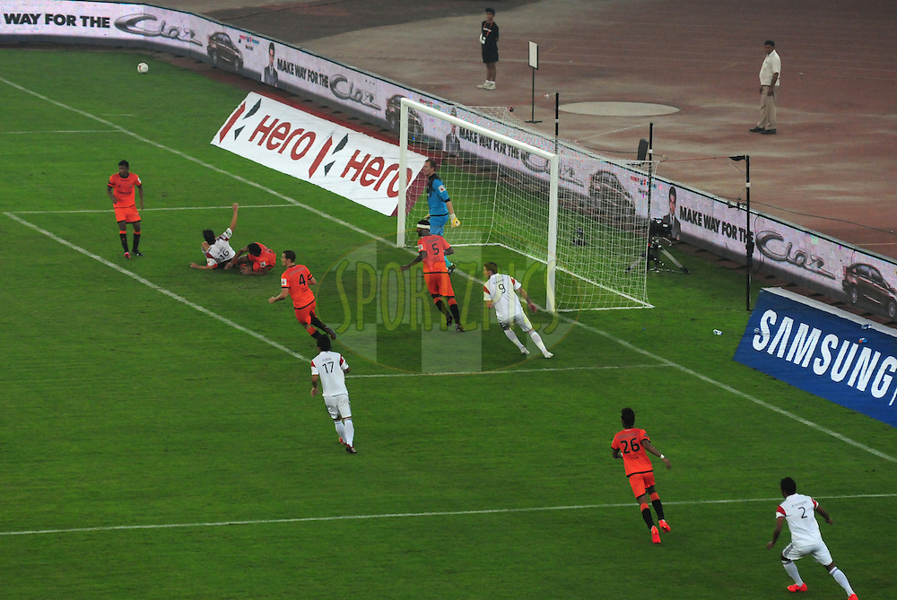 during match 16 of the Hero Indian Super League between The Delhi Dynamos FC and NorthEast United FC held at the Jawaharlal Nehru Stadium, Delhi, India on the 29th October 2014.<br /> <br /> Photo by:  Arjun Panwar/ ISL/ SPORTZPICS