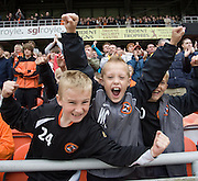Young fans - Dundee United v Hearts, Clydesdale Bank Scottish Premier League at Tannadice Park..© David Young Photo.5 Foundry Place.Monifieth.Angus.DD5 4BB.Tel: 07765252616.email: davidyoungphoto@gmail.com.http://www.davidyoungphoto.co.uk