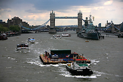 UK ENGLAND LONDON 12MAY10 - Thames river barge in central London...jre/Photo by Jiri Rezac..© Jiri Rezac 2010