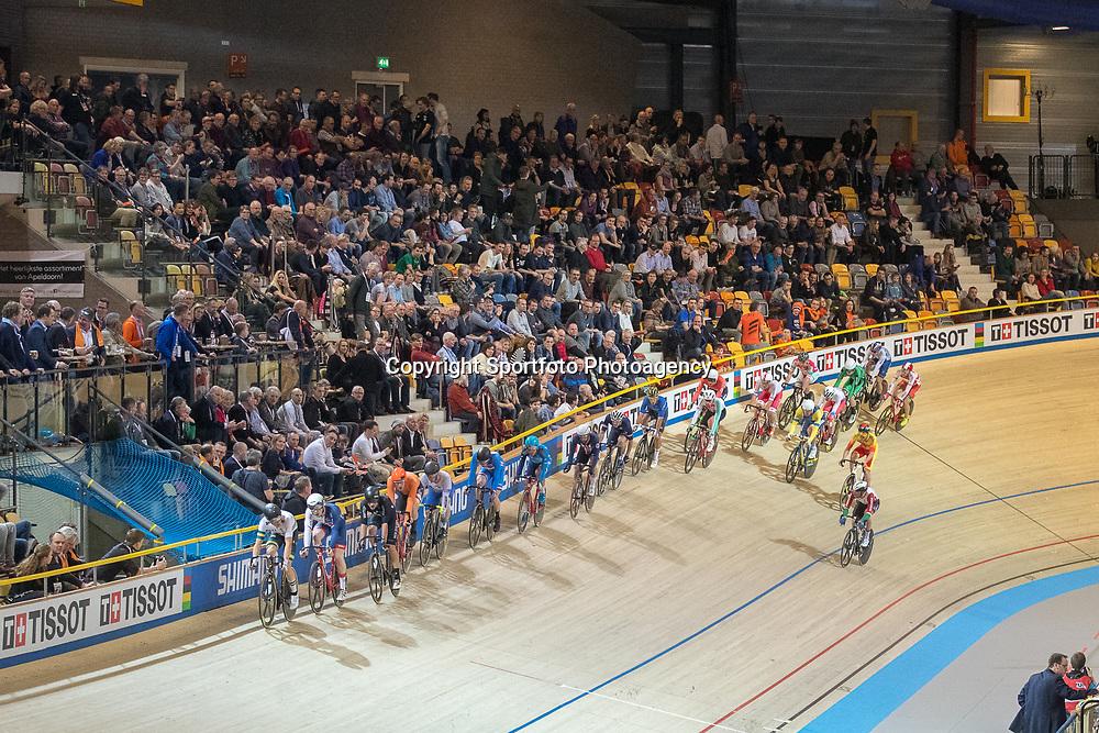 02-03-2018: Wielrennen: WK Baan: Apeldoorn<br />Jan Willem van 't Schip pakt zilver inde puntenkoers
