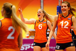 20140425 NED: Jong Oranje Vrouwen - Montenegro, Arnhem <br /> Marrit Jasper (6) The Netherlands<br /> ©2014-FotoHoogendoorn.nl / Pim Waslander