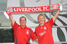 060816 Liverpool sign Dirk Kuyt