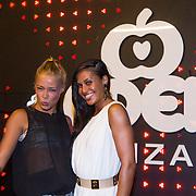 ESP/Ibiza/20130707 - Opening club Eden Ibiza, Geraldina Kemper en Anna - Analicia Skilias