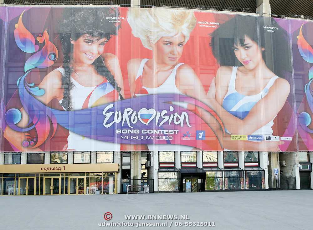RUS/Moskou/20090509 - Songfestival 2009 Moskou, in de Olympiyski Indoor Arena in Moskou is volgende week de uitzending van het 54ste Eurovison Songfestival, ruim 16.000 bezoekers kunnen hierbij live aanwezig zijn