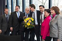 21 JAN 2013, BERLIN/GERMANY:<br /> Daniel Bahr, FDP, Bundesgesundheitsminister, Patrick Doering, FDP Generalsekretaer, Rainer Bruederle, FDP Fraktionsvorsitzender, Stefan Birkner, FDP Landesvorsitzender Niedersachsen, Philipp Roesler, FDP Bundesvorsitzender, Birgit Homburger, FDP Landesvorsitzende Baden-Wuerttemberg , Sabine Leutheusser-Schnarrenberger, FDP, Bundesjustizministerin, (v.L.n.R.), vor Beginn der Sitzung des FDP Bundesvorstandes nach den Landtagswahlen in Niedersachsen, Thomas-Dehler-Haus<br /> IMAGE: 20130121-01-003<br /> KEYWORDS: Rainer Brüderle, Philipp Rösler, Patrik Döring