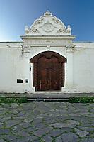 PORTON DE INGRESO DEL CONVENTO SAN BERNARDO (MHN Monumento Histórico Nacional), CIUDAD DE SALTA, PROV. DE SALTA, ARGENTINA