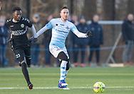 FODBOLD: Matheus Leiria (FC Helsingør) følges af Seejou King (AB) under træningskampen mellem FC Helsingør og AB den 19. januar 2019 på Snekkersten Idrætscenter. Foto: Claus Birch